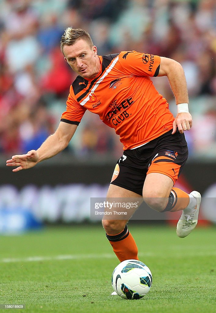 Besart Berisha of the Roar controls the ball during the round ten A-League match between the Western Sydney Wanderers and the Brisbane Roar at Parramatta Stadium on December 9, 2012 in Sydney, Australia.