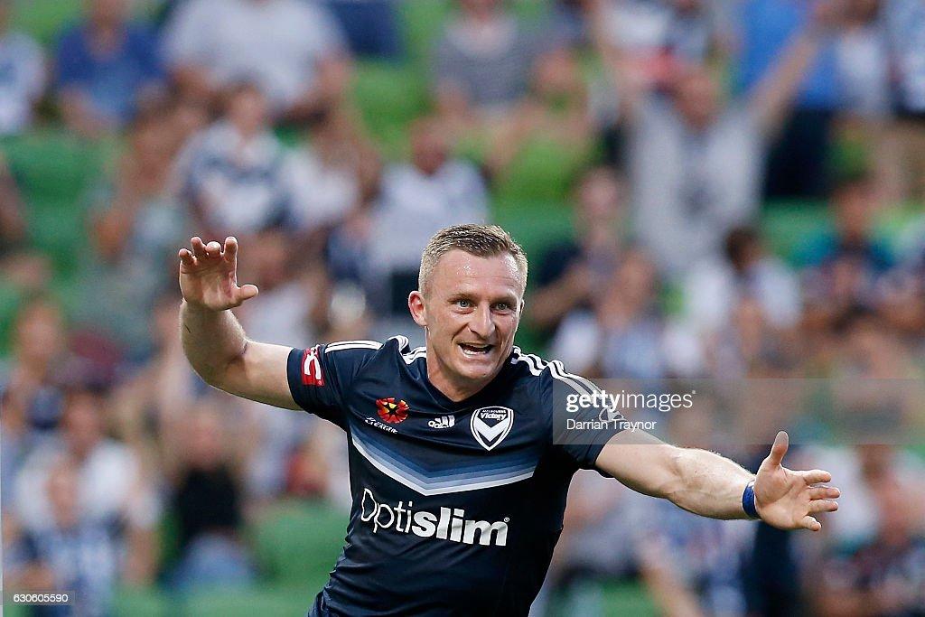 A-League Rd 12 - Melbourne Victory v Central Coast