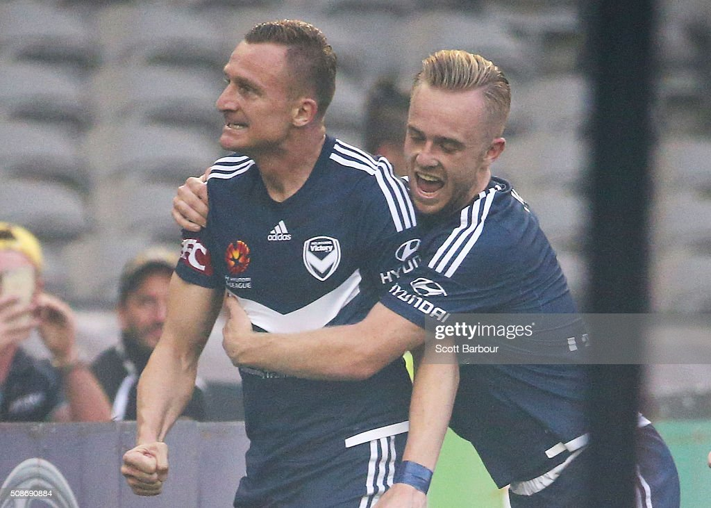 <a gi-track='captionPersonalityLinkClicked' href=/galleries/search?phrase=Besart+Berisha&family=editorial&specificpeople=737057 ng-click='$event.stopPropagation()'>Besart Berisha</a> of the Victory celebrates after scoring the first goal during the round 18 A-League match between the Melbourne Victory and Western Sydney Wanderers at Etihad Stadium on February 6, 2016 in Melbourne, Australia.