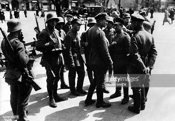 Besetzung Münchens durch Regierungstruppen PostenAnfang Mai 1919