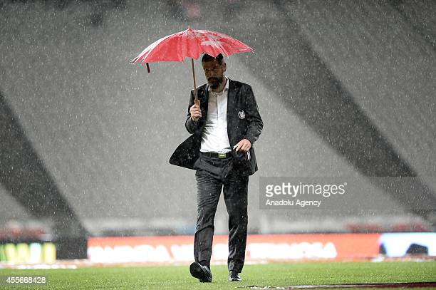 Besiktas' head coach Slaven Bilic during the UEFA Europa League Group C soccer match between Besiktas and Asteras at Ataturk Olimpiyat Stadium in...