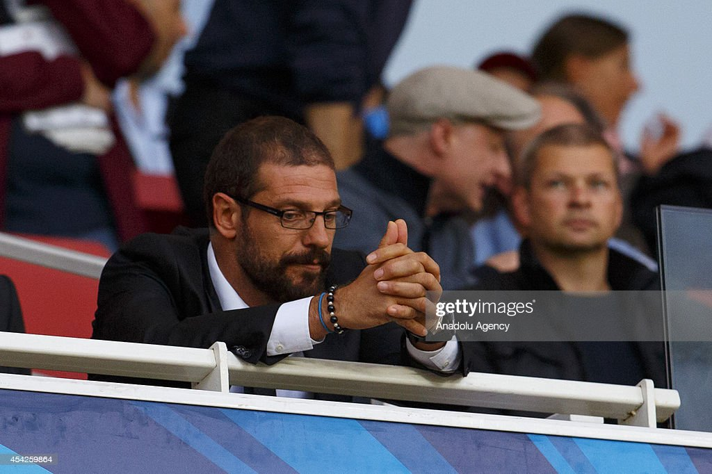 Besiktas' manager Slaven Bilic during the UEFA Champions League play-off second leg match between Arsenal and Besiktas at Emirates Stadium on August 27, 2014 in London, England.
