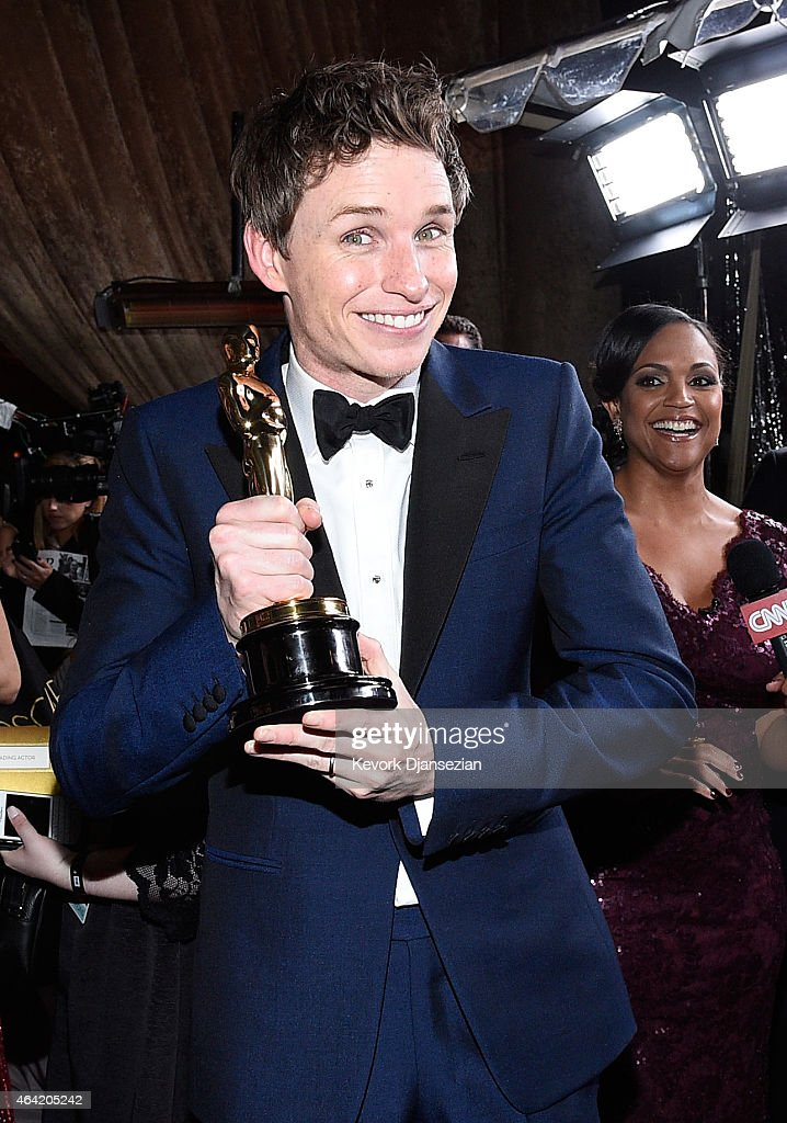 Best Actor in a Leading Role winner <a gi-track='captionPersonalityLinkClicked' href=/galleries/search?phrase=Eddie+Redmayne&family=editorial&specificpeople=2554844 ng-click='$event.stopPropagation()'>Eddie Redmayne</a> attends the 87th Annual Academy Awards Governors Ball at Hollywood & Highland Center on February 22, 2015 in Hollywood, California.