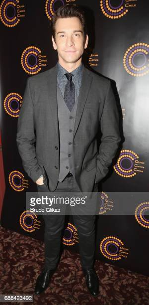 Best Actor in a Musical Winner for 'Groundhog Day' Andy Karl poses at the 2017 Outer Critics Circle Awards Presentation at Sardi's on May 25 2017 in...