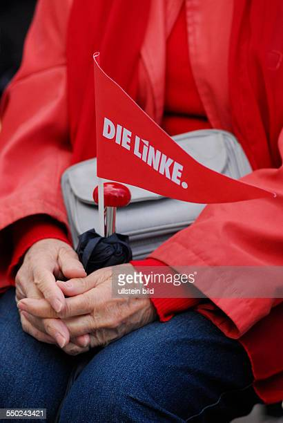 rote jacke stock photos and pictures | getty images, Hause ideen