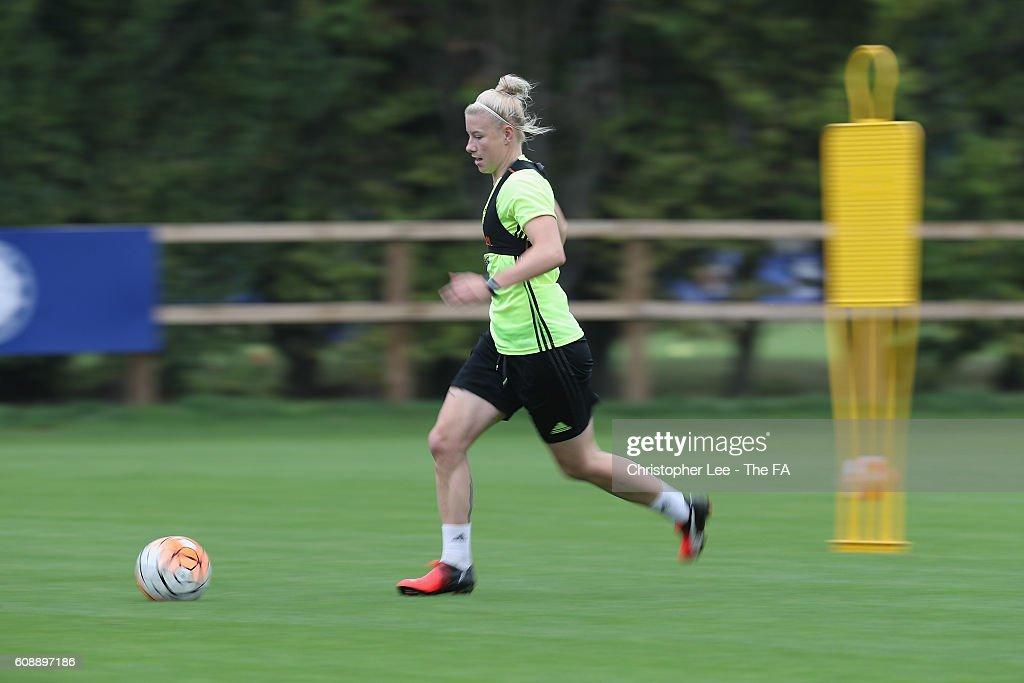 Chelsea Ladies Training Session : News Photo