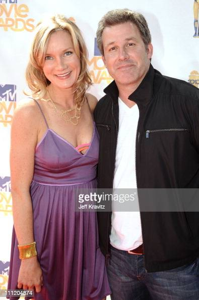 Beth Littleford and AJ Poindexter arrive at the 2010 MTV Movie Awards at Gibson Amphitheatre on June 6 2010 in Universal City California
