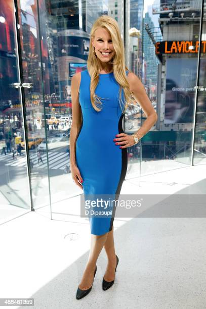 Beth Stern visits 'Extra' at their New York studios at HM in Times Square on May 6 2014 in New York City