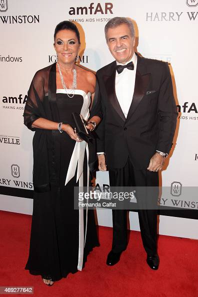 Beth Szafir and Muoio Jose Carlos attend the 5th Annual amfAR Inspiration Gala at the home of Dinho Diniz on April 10 2015 in Sao Paulo Brazil
