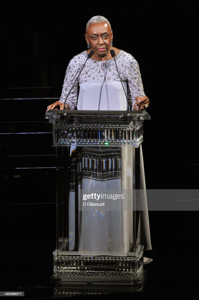 <a gi-track='captionPersonalityLinkClicked' href=/galleries/search?phrase=Bethann+Hardison&family=editorial&specificpeople=592075 ng-click='$event.stopPropagation()'>Bethann Hardison</a> speaks onstage at the 2014 CFDA fashion awards at Alice Tully Hall, Lincoln Center on June 2, 2014 in New York City.