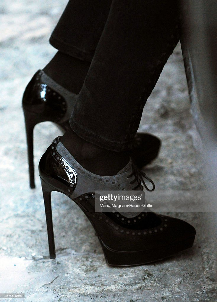<a gi-track='captionPersonalityLinkClicked' href=/galleries/search?phrase=Bethenny+Frankel&family=editorial&specificpeople=873539 ng-click='$event.stopPropagation()'>Bethenny Frankel</a> (shoe detail) is seen on December 16, 2013 in New York City.
