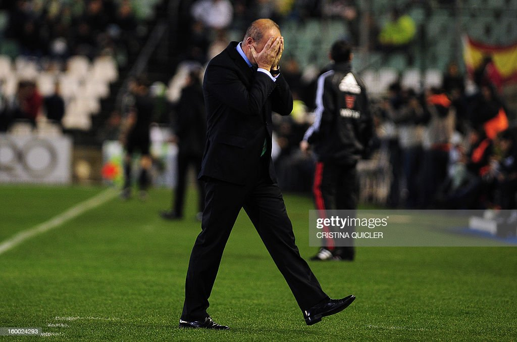 Betis' coach Pepe Mel reacts during the Spanish Copa del Rey (King's Cup) quarterfinal, second leg, football match Betis vs Atletico de Madrid at the Benito Villamarin stadium in Sevilla on January 24, 2013.