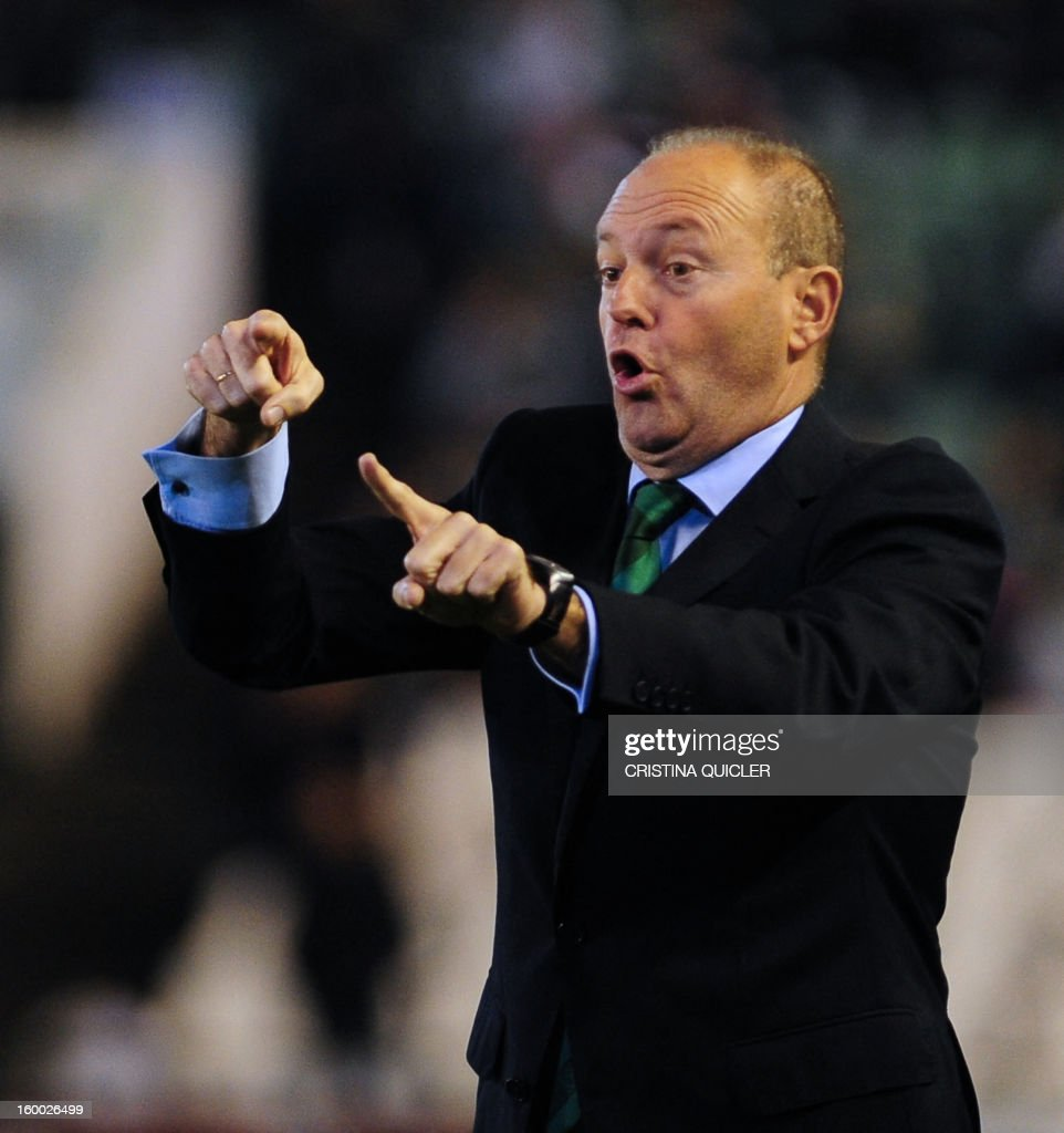 Betis' coach Pepe Mel reacts during the Spanish Copa del Rey (King's Cup) quarter-final second leg football match Betis vs Atletico de Madrid at the Benito Villamarin stadium in Sevilla on January 24, 2013. The match ended in a 1-1 draw. AFP PHOTO / CRISTINA QUICLER