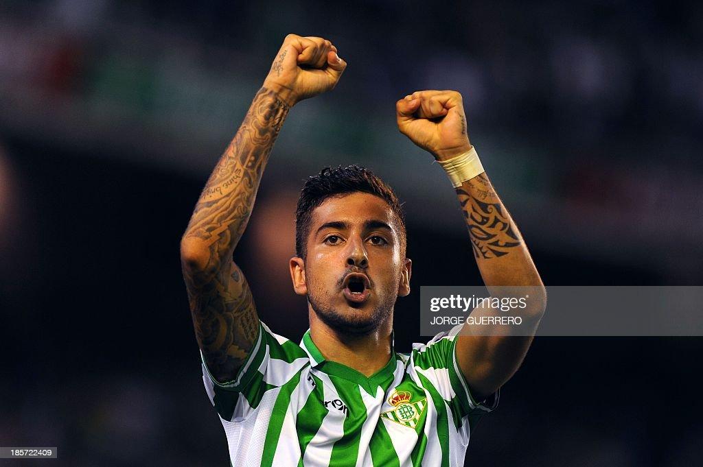 Betis' midfielder Alvaro Vadillo celebrates after scoring during the UEFA Europa league Group I football match Real Betis vs Vitoria Guimaraes at the...