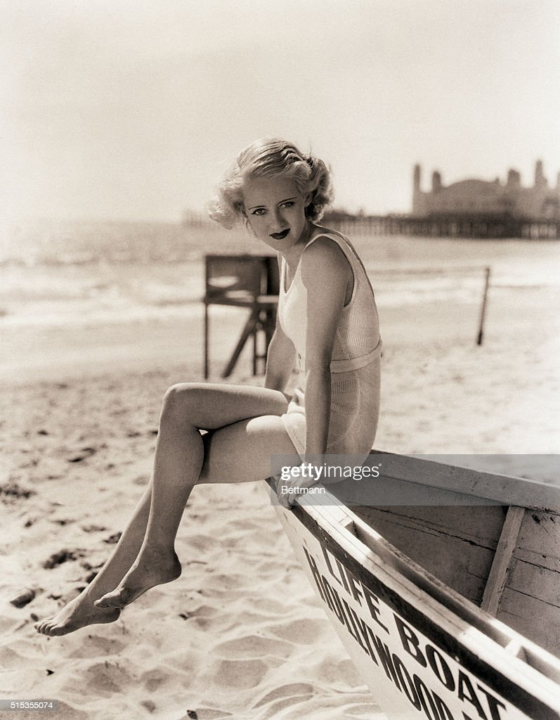 <a gi-track='captionPersonalityLinkClicked' href=/galleries/search?phrase=Bette+Davis+-+Actress&family=editorial&specificpeople=93133 ng-click='$event.stopPropagation()'>Bette Davis</a> at a Southern California beach.