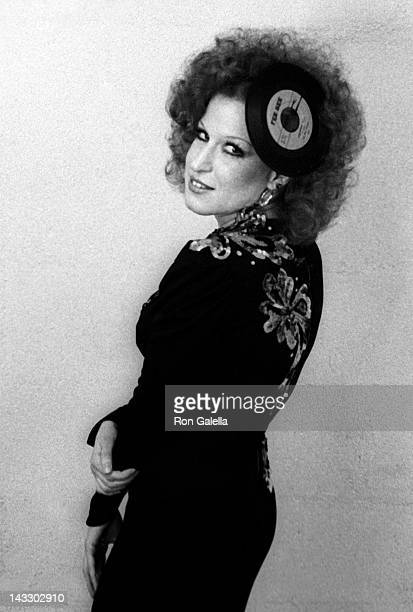 Bette Midler attends 13th Annual Grammy Awards on March 1 1975 at the Uris Theater in New York City