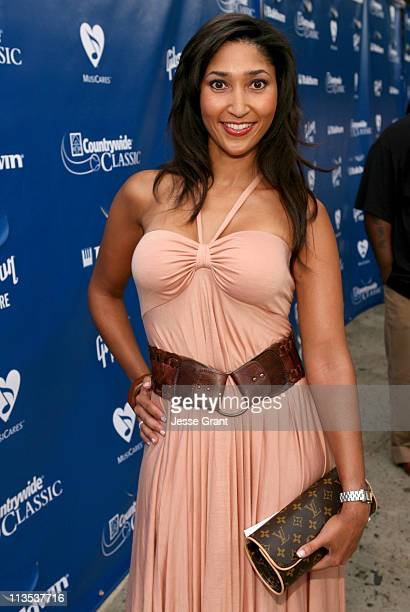 Bettina Bush during Gibson and Baldwin Host 2006 'Night at the Net' Red Carpet at Los Angeles Tennis Center in Los Angeles California United States