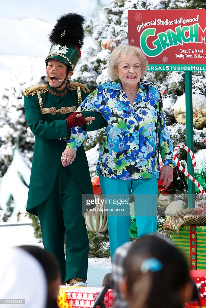 <a gi-track='captionPersonalityLinkClicked' href=/galleries/search?phrase=Betty+White&family=editorial&specificpeople=213602 ng-click='$event.stopPropagation()'>Betty White</a> accepts the 'Who-Manitarian' award as Universal Studios Hollywood celebrates 'Grinchmas' held at Universal Studios Hollywood on December 6, 2012 in Universal City, California.