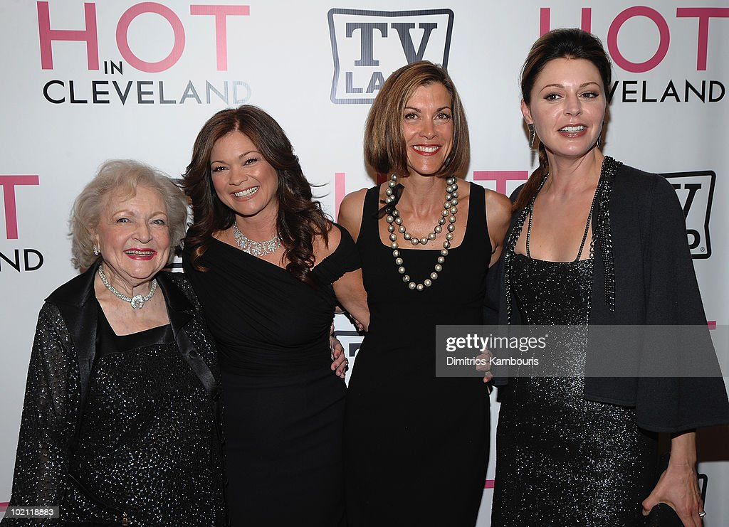 Betty White, Valerie Bertinelli, Wendie Malick and Jane Leeves attend the 'Hot in Cleveland' premiere at the Crosby Street Hotel on June 14, 2010 in New York City.