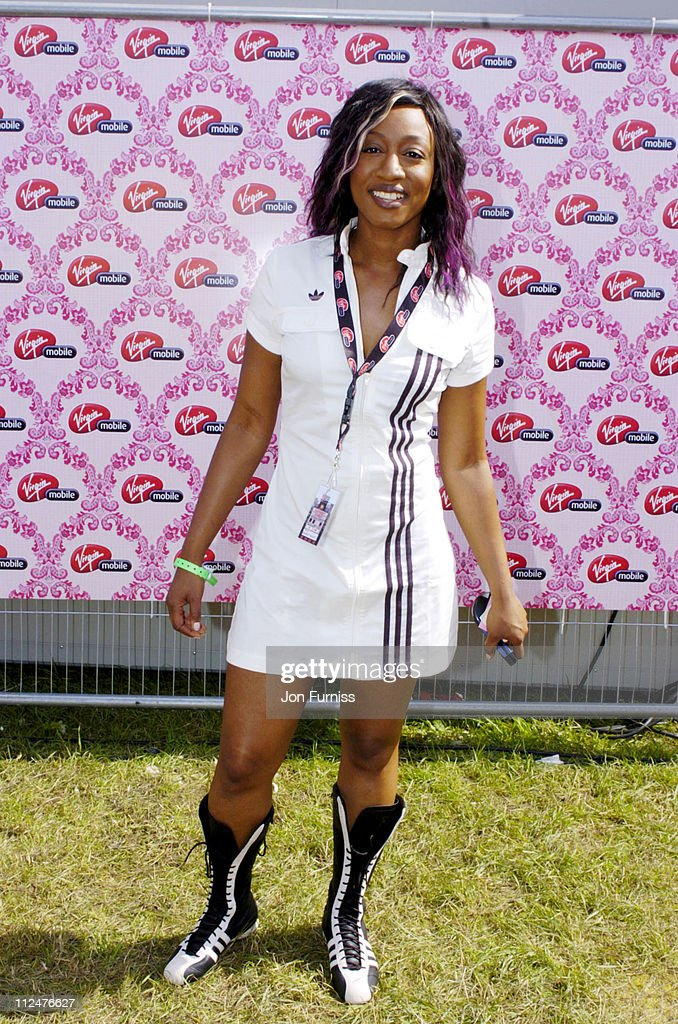 <a gi-track='captionPersonalityLinkClicked' href=/galleries/search?phrase=Beverley+Knight&family=editorial&specificpeople=204569 ng-click='$event.stopPropagation()'>Beverley Knight</a> during 2004 V Festival Chelmsford - Day 2 - Virgin Mobile Louder Lounge at Hylands Park in Chelmsford, Great Britain.