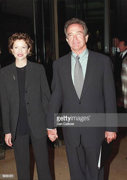 09/29/99 Beverly Hills CA Warren Beatty and wife Annette Bening arrive at the Beverly Hilton to recieve his 'Eleanor Roosevelt Award' Picture by DAN...