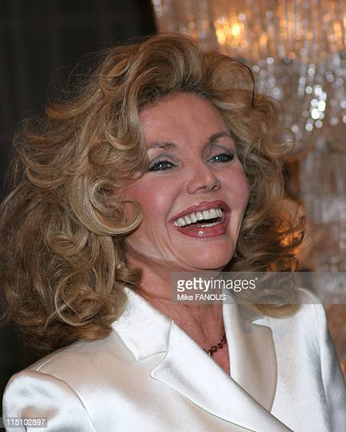 Beverly Hills Theatre Guild Spotlight Awards honoring Carol Channing in Beverly Hills United States on January 31 2005 Deanna Lund at the Beverly...