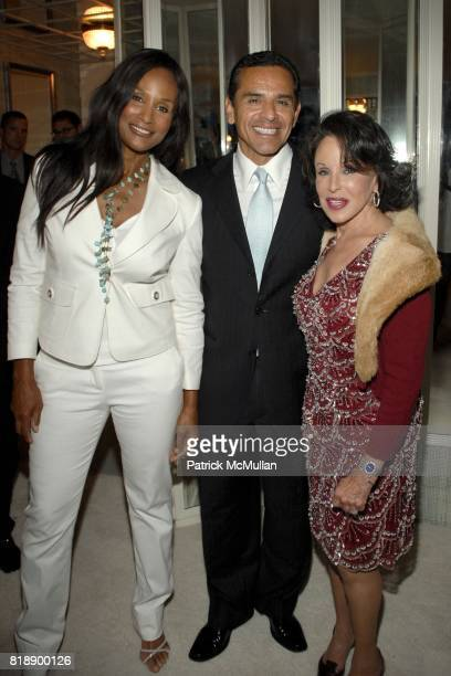Beverly Johnson Antonio Villaraigosa and Nikki Haskell attend Mayor Antonio Villaraigosa celebrates Nikki Haskell's Birthday at Sierra Towers on May...