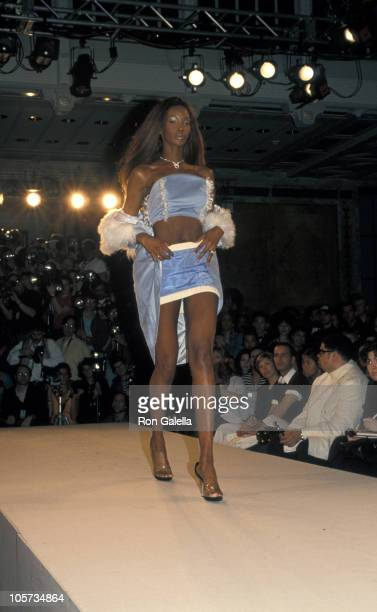Beverly Peele during Fall Fashion Week Fashion by Label Laurel Whitcomb April 8 1994 at Bryant Park in New York City New York United States