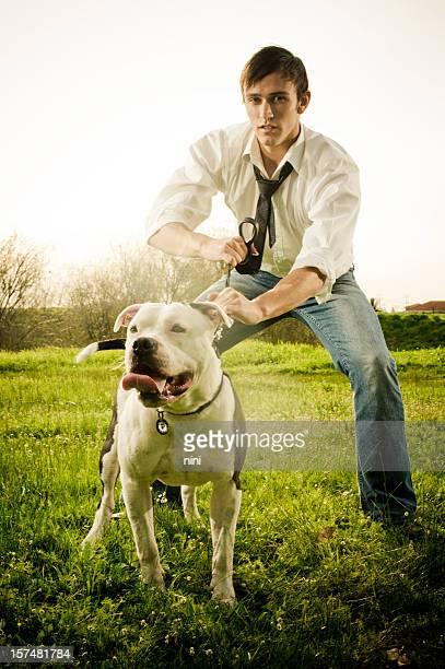 """Beware of the dog """",Cuidado con el perro"""""""