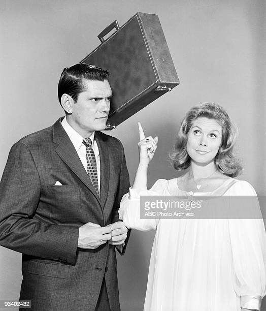 Bewitched gallery Elizabeth Montgomery and Dick York