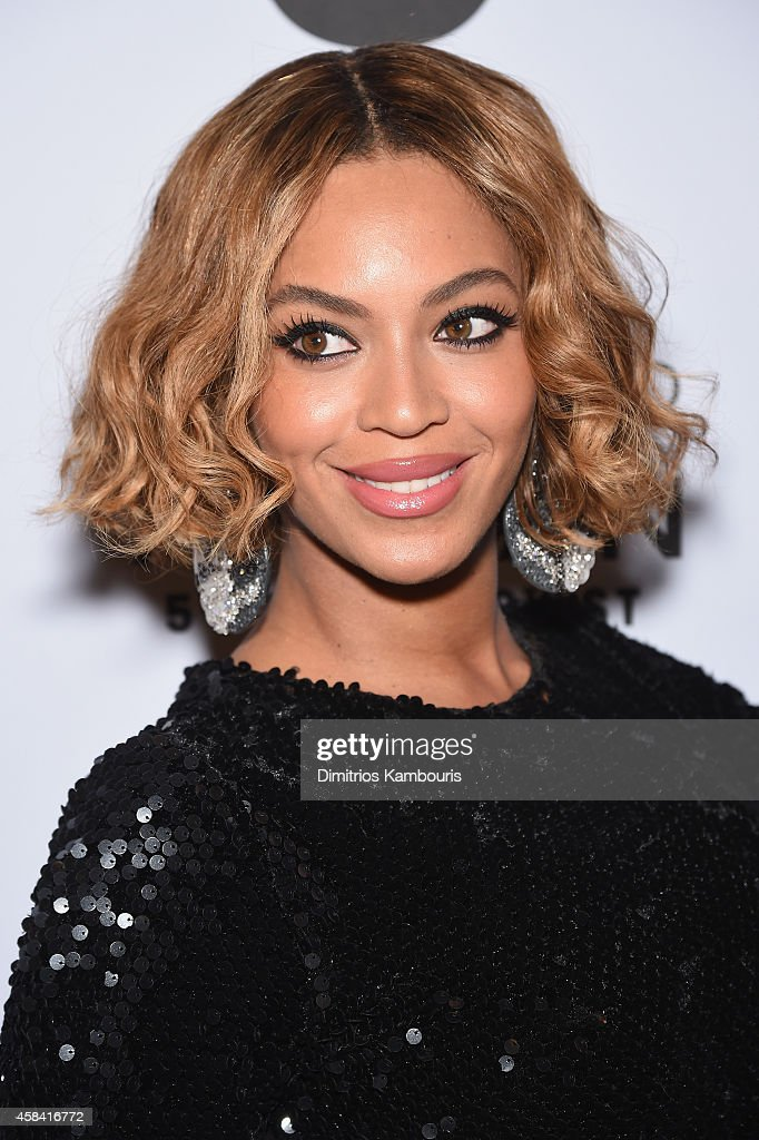 <a gi-track='captionPersonalityLinkClicked' href=/galleries/search?phrase=Beyonc%C3%A9+Knowles&family=editorial&specificpeople=171204 ng-click='$event.stopPropagation()'>Beyoncé Knowles</a> attends the Topshop Topman New York City flagship opening dinner at Grand Central Terminal on November 4, 2014 in New York City.