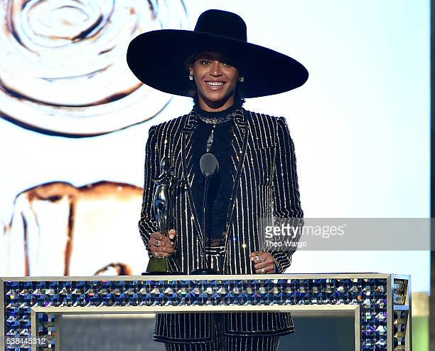Beyonce accepts The CDFA Fashion Icon Award onstage at the 2016 CFDA Fashion Awards at the Hammerstein Ballroom on June 6 2016 in New York City