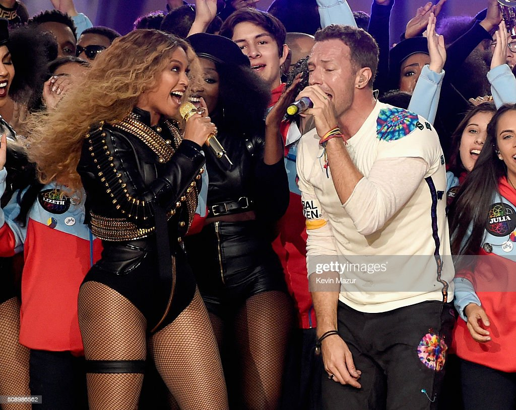 Beyonce (L) and <a gi-track='captionPersonalityLinkClicked' href=/galleries/search?phrase=Chris+Martin+-+Musician&family=editorial&specificpeople=4468181 ng-click='$event.stopPropagation()'>Chris Martin</a> of Coldplay perform onstage during the Pepsi Super Bowl 50 Halftime Show at Levi's Stadium on February 7, 2016 in Santa Clara, California.