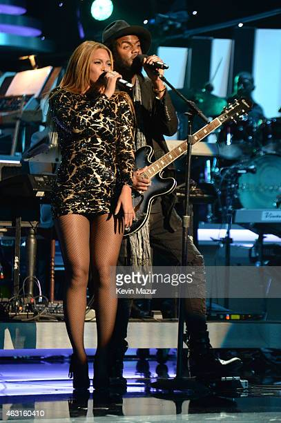 Beyonce and Gary Clark Jr perform onstage during Stevie Wonder Songs In The Key Of Life An AllStar GRAMMY Salute at Nokia Theatre LA Live on February...