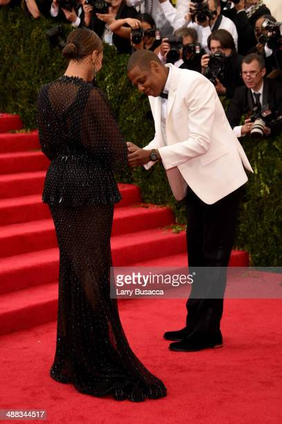 Beyonce and JayZ attend the 'Charles James Beyond Fashion' Costume Institute Gala at the Metropolitan Museum of Art on May 5 2014 in New York City