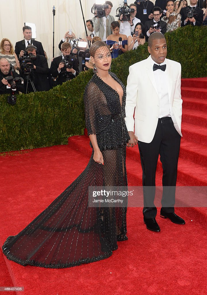 Beyonce and Jay-Z attend the 'Charles James: Beyond Fashion' Costume Institute Gala at the Metropolitan Museum of Art on May 5, 2014 in New York City.