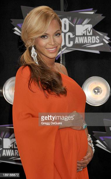 Beyonce arrives at the 2011 MTV Video Music Awards at the Nokia Theatre LA Live on August 28 2011 in Los Angeles CA