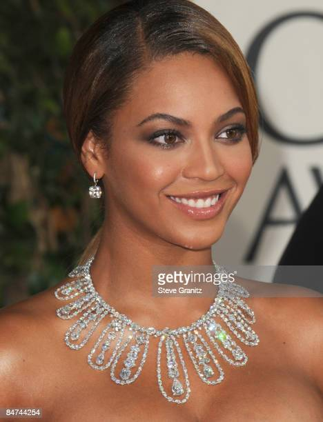 Beyonce arrives at The 66th Annual Golden Globe Awards at The Beverly Hilton Hotel on January 11 2009 in Hollywood California