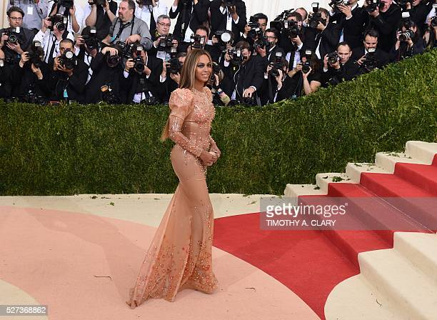 Beyonce arrives for the Costume Institute Benefit at the Metropolitan Museum of Art on May 2 2016 in New York / AFP / TIMOTHY A CLARY