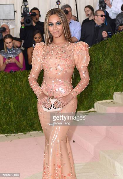 Beyonce arrives for the 'Manus x Machina Fashion In An Age Of Technology' Costume Institute Gala at Metropolitan Museum of Art on May 2 2016 in New...
