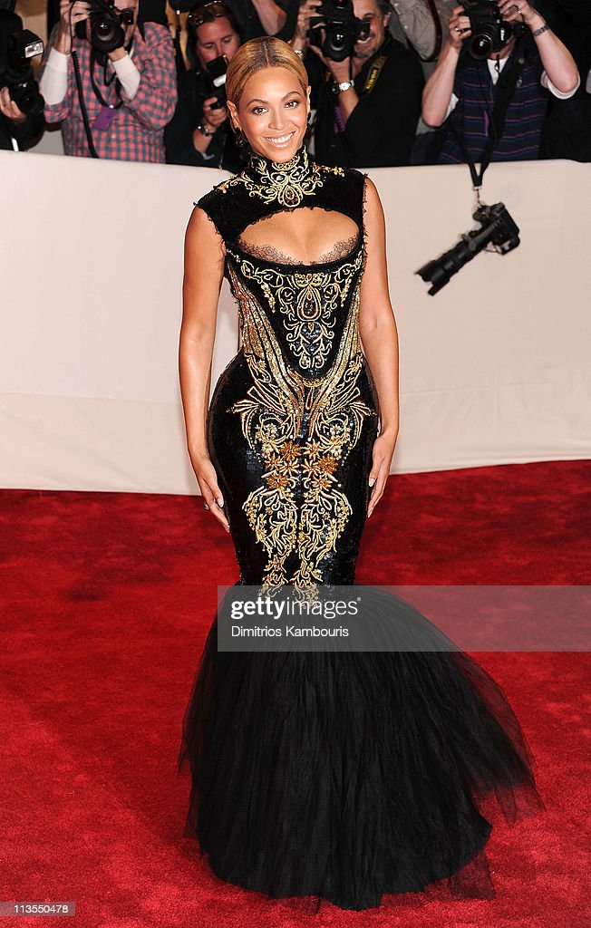 Beyonce attends the 'Alexander McQueen: Savage Beauty' Costume Institute Gala at The Metropolitan Museum of Art on May 2, 2011 in New York City.