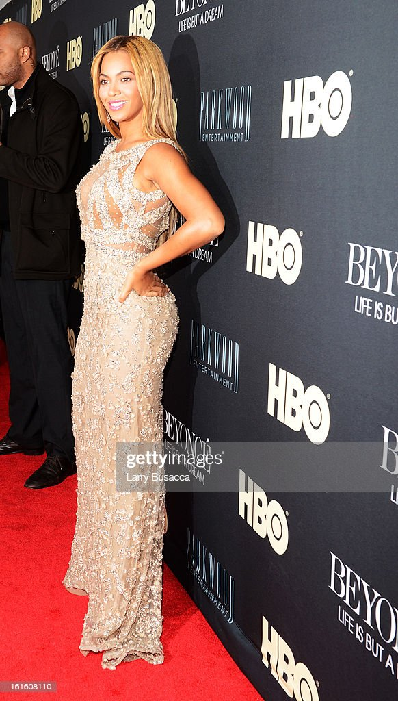 Beyonce attends the HBO Documentary Film 'Beyonce: Life Is But A Dream' New York Premiere at the Ziegfeld Theater on February 12, 2013 in New York City.