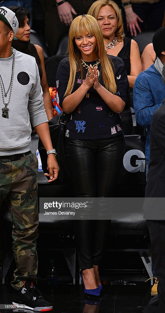 Beyonce attends the New York Knicks vs Brooklyn Nets game at Barclays Center on November 26, 2012 in the Brooklyn borough of New York City.