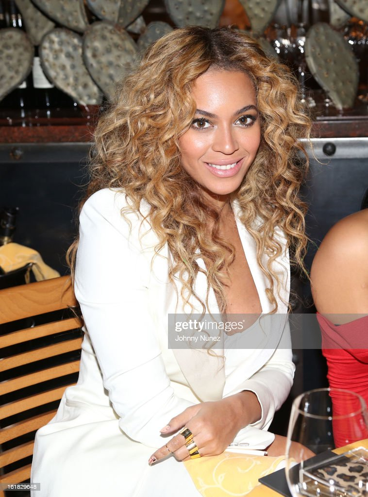 Beyonce attends The Two Kings Dinner presented by Sprite at RDG + Bar Annie on February 16, 2013 in Houston, Texas.