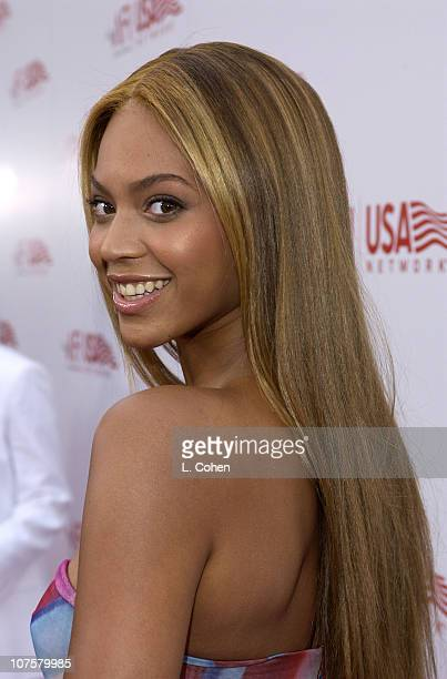 Beyonce during 31st AFI Life Achievement Award Presented to Robert DeNiro Red Carpet by Lester Cohen at The Kodak Theater in Hollywood California
