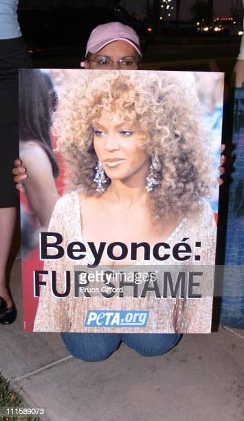 Beyonce Fur Shame signs on the way to the show at Whiskey Beach Demonstration by PETA