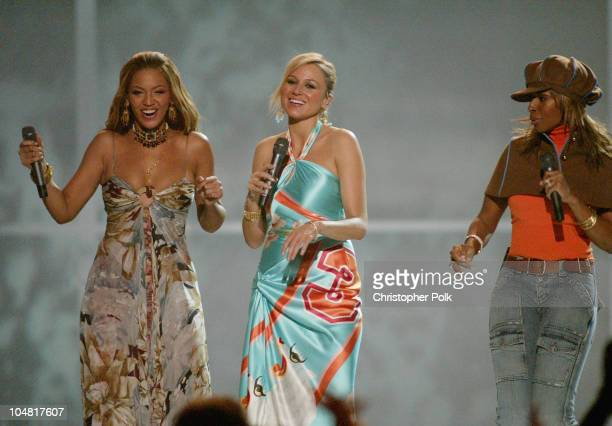 Beyonce Jewel and Mary J Blige during VH1 Divas Duets A Concert to Benefit the VH1 Save the Music Foundation Show at MGM Grand in Las Vegas Nevada...