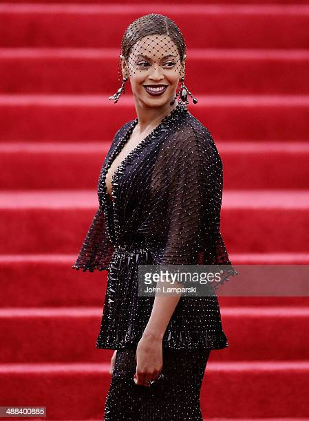Beyonce Knowles attends the 'Charles James Beyond Fashion' Costume Institute Gala at the Metropolitan Museum of Art on May 5 2014 in New York City