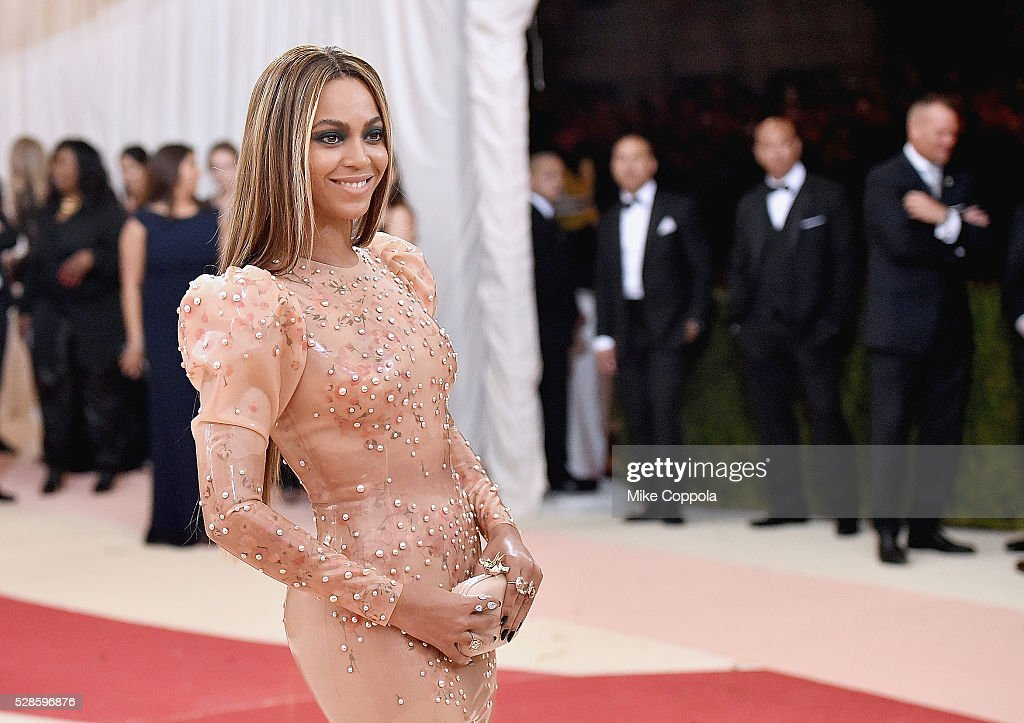 Beyonce Knowles attends the 'Manus x Machina: Fashion In An Age Of Technology' Costume Institute Gala at Metropolitan Museum of Art on May 2, 2016 in New York City.