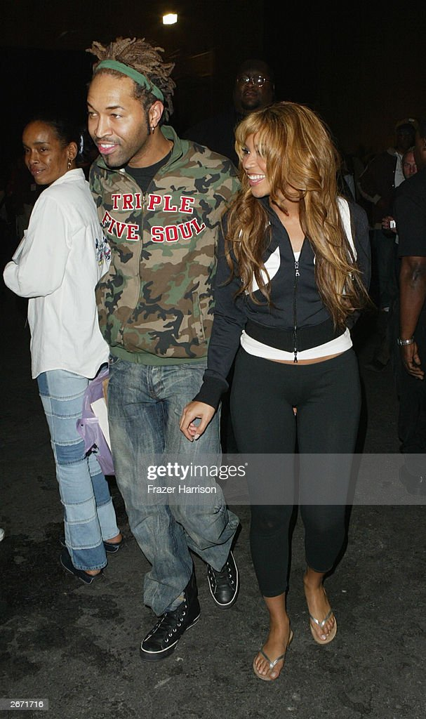 <a gi-track='captionPersonalityLinkClicked' href=/galleries/search?phrase=Beyonce+Knowles&family=editorial&specificpeople=171204 ng-click='$event.stopPropagation()'>Beyonce Knowles</a> Backstage at the 2003 Tall Pony Radio Music Awards , outside the Aladdin Hotel and Casino, October 27, 2003 in Las Vegas, Nevada.